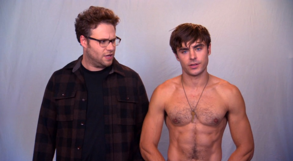 zac-efron-sem-camisa-no-trailer-do-filme-neighbors2
